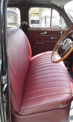 auto antiguo para eventos