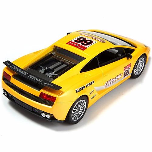 auto carrera 1:18 control remoto rc batería recargable