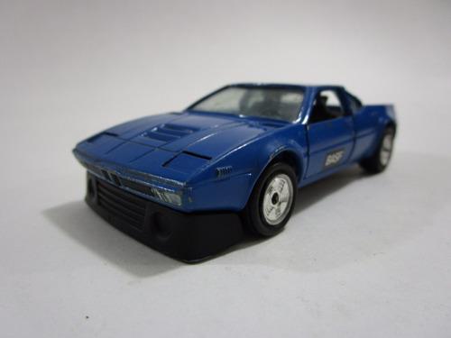 auto carro  escala antiguo de coleccion 10 cm metalico