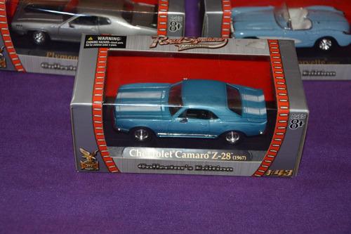 auto coleccion chevrolet camaro z-28 (1967) - road signature