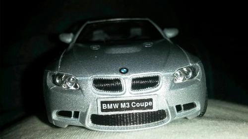 auto de  colección bmw m3   esc  1 36  13 cm aprox  divino