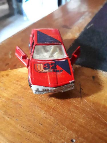 auto de juguete