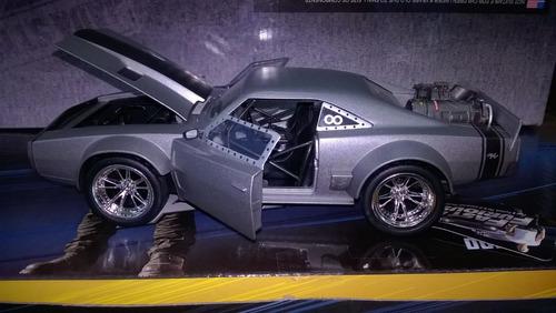 auto de película fast & furios 8 a escala 1/24, marca jada