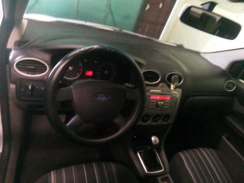 auto ford focus 2009