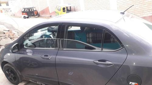 auto hyundai grandi 10  año 2017