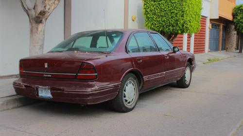 auto oldsmobile cutlass ciera de colección