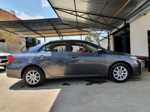 auto toyota corolla 2011 full equipo a gasolina uso personal