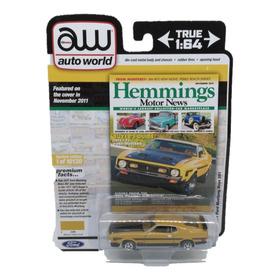 Auto World Hemmings 1971 Ford Mustang Boss 351 1:64