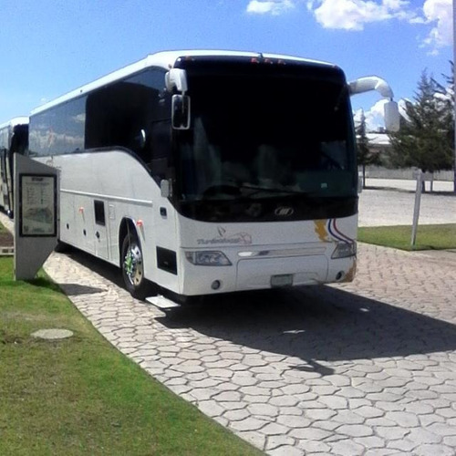 autobus f12 mci mod. 2002