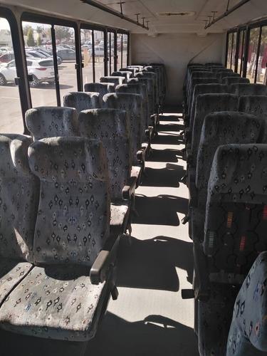 autobus international 2005
