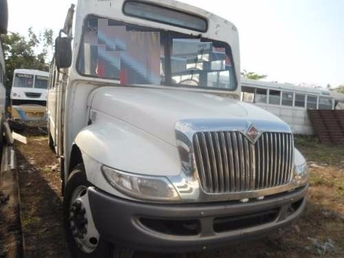 autobus international 2012