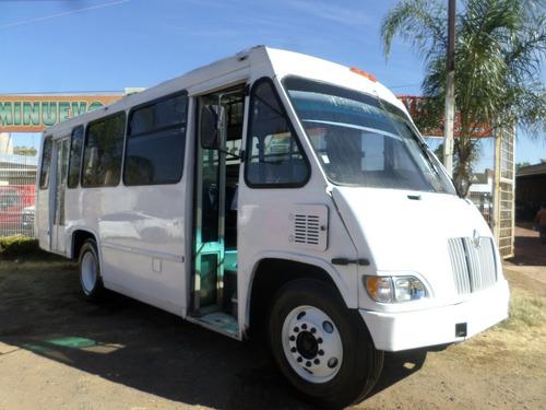 autobus international 27 pasajeros 2002