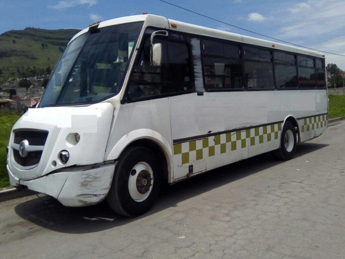 autobus mercedes benz 2007 mediano