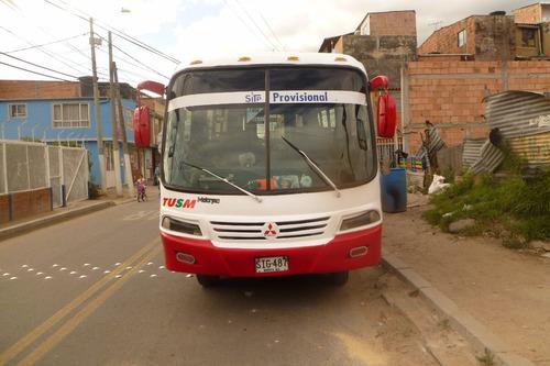 autobus mitsubishi