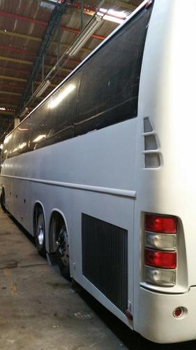 autobus volvo 9700 año 2006 tres ejes muy bueno y bonito