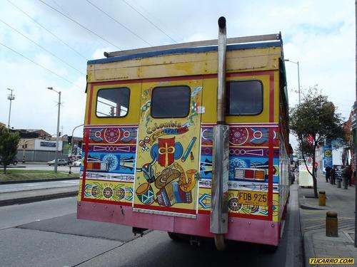 autobuses chiva rumbera