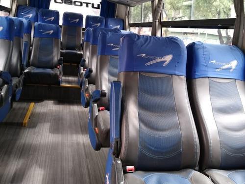 autobuses microbuses chrvrolt npr