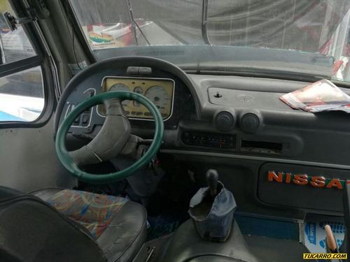 autobuses microbuses nissan cabstar