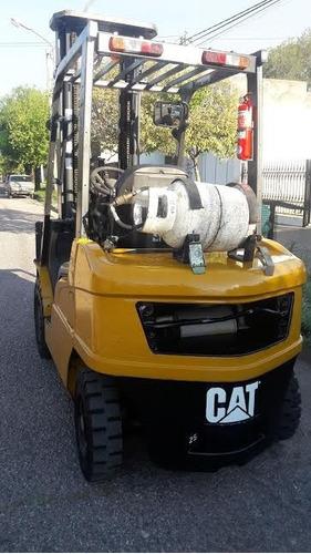 autoeladores caterpillar de 2,5 tn y 3,5 tn diesel y naftero