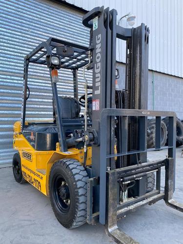 autoelevador 2.5 toneladas diesel - triple torre desplaz lat