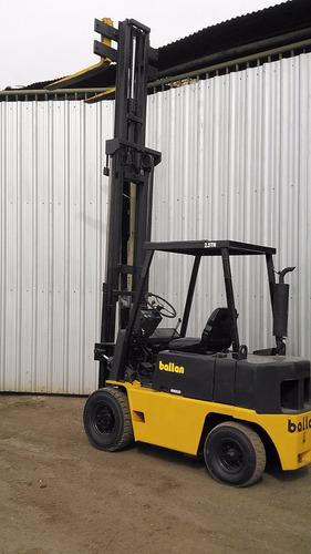 autoelevador 2500 kg diesel torre triple