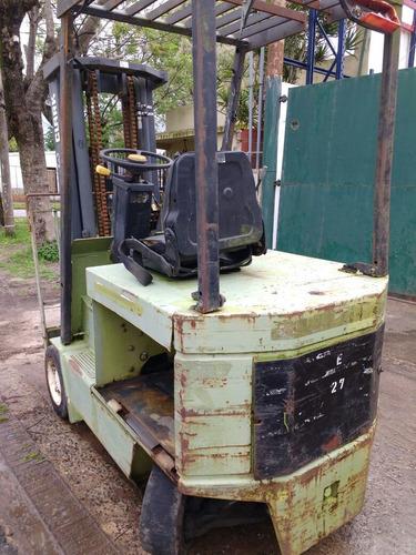 autoelevador clark 2500kg. electrico