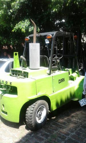 autoelevador clark cy80 1980