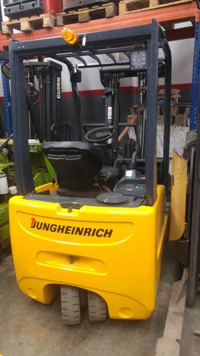 autoelevador electrico jungheinrich con batería y cargador