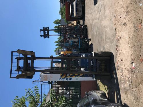 autoelevador komatsu 2000 kg diesel
