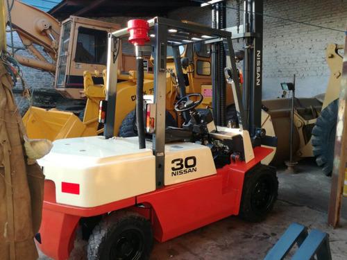 autoelevador nissan 3 toneladas diesel