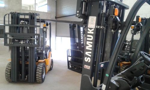autoelevador samuk diesel 1.8 toneladas torre triple 4.80