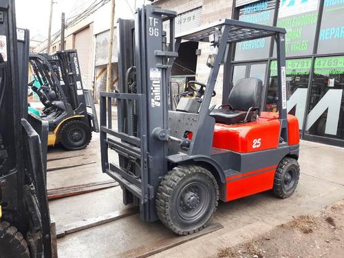 autoelevador tailift 2.5 toneladas diesel
