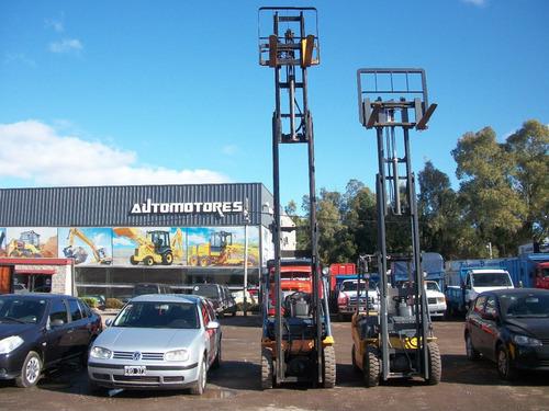 autoelevador toyota 2.0 n/gas t/torre con desplazador 6.00m