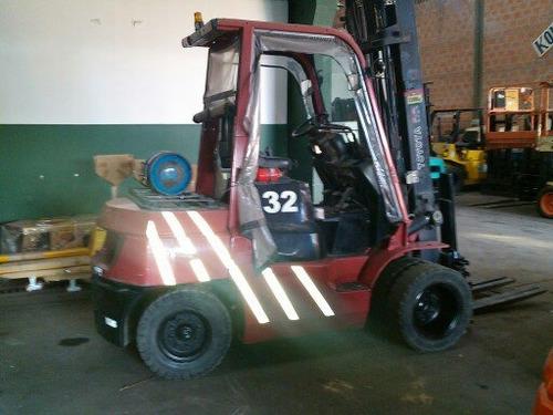autoelevador toyota 3500 kg / eleva 4,5 mts c/desplazador