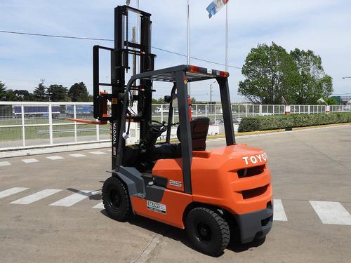 autoelevador toyota fdzn25 - 2,5 tn - diesel - 0hs. v4000
