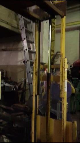 autoelevador toyota mic 1000kg vea video funcionando