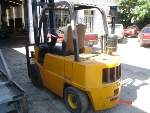 autoelevador yale 2,5 tn diesel perkins 4 tomo auto urgente