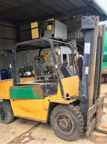 autoelevador yale 4tn diesel perkins envio al interior