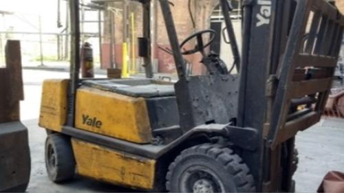 autoelevador yale diesel 2,5tn c/desplazador  envio interior