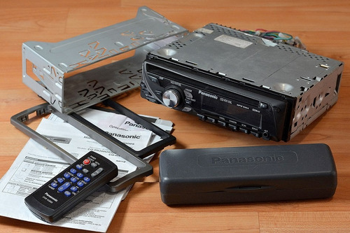autoestereo panasonic mp3 control y auxiliar