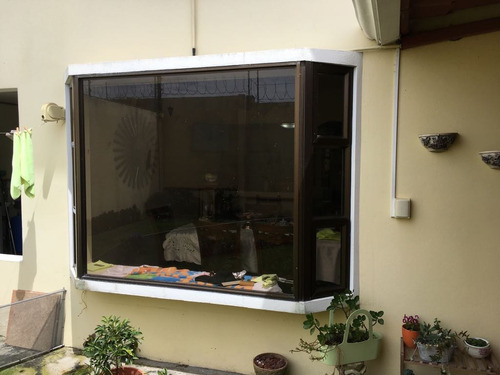 autolook instalación de alarmas, polarizados, radios y más