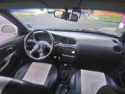 automovil elantra