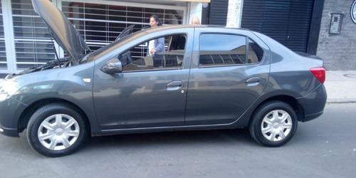 automovil renault - logan 4 (precio negociable)