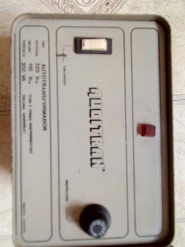 autotransformador 220v/110v- 300va, 4 salidas de 110v, con f