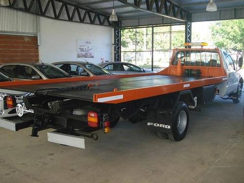 auxilio mecanico ford 4000 con camilla sukuba
