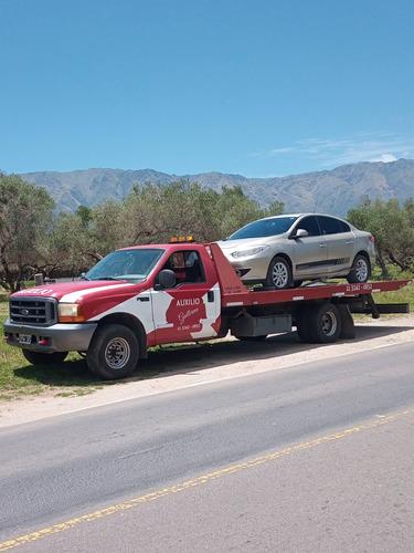 auxilio mecanico grua remolque traslado de vehiculos cordoba