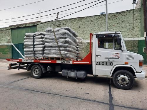 auxilio mecanico remolque grua traslados cargas vehículos