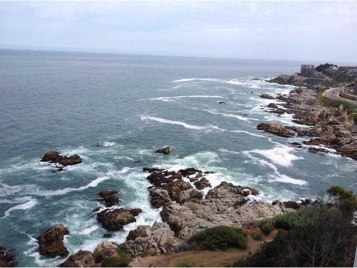 av borgoño , primera linea frente al mar, con wifi