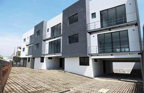 av. centenario, casa en condominio horizontal de 3 casas totalmente nuevas