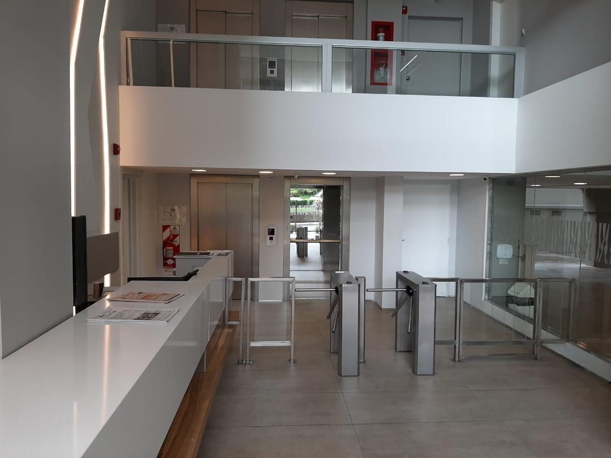 av. del libertador 650 - 2do piso